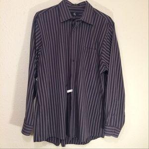 XL Calvin Klein Mens striped dress shirt (110)